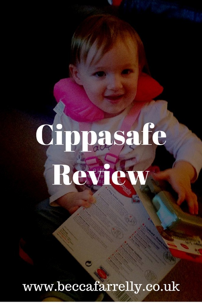 Mia using the Clippasafe products