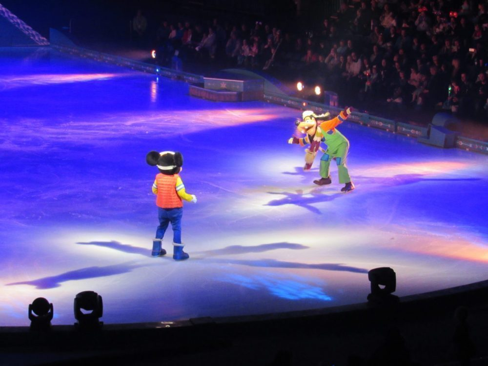 We Went To Disney On Ice Presents Frozen!