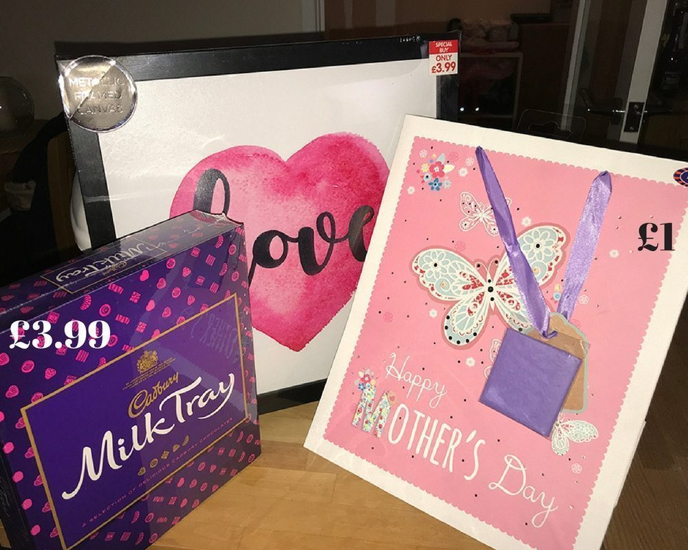 & Top Motheru0027s Day Gifts for under £10 with Bu0026M